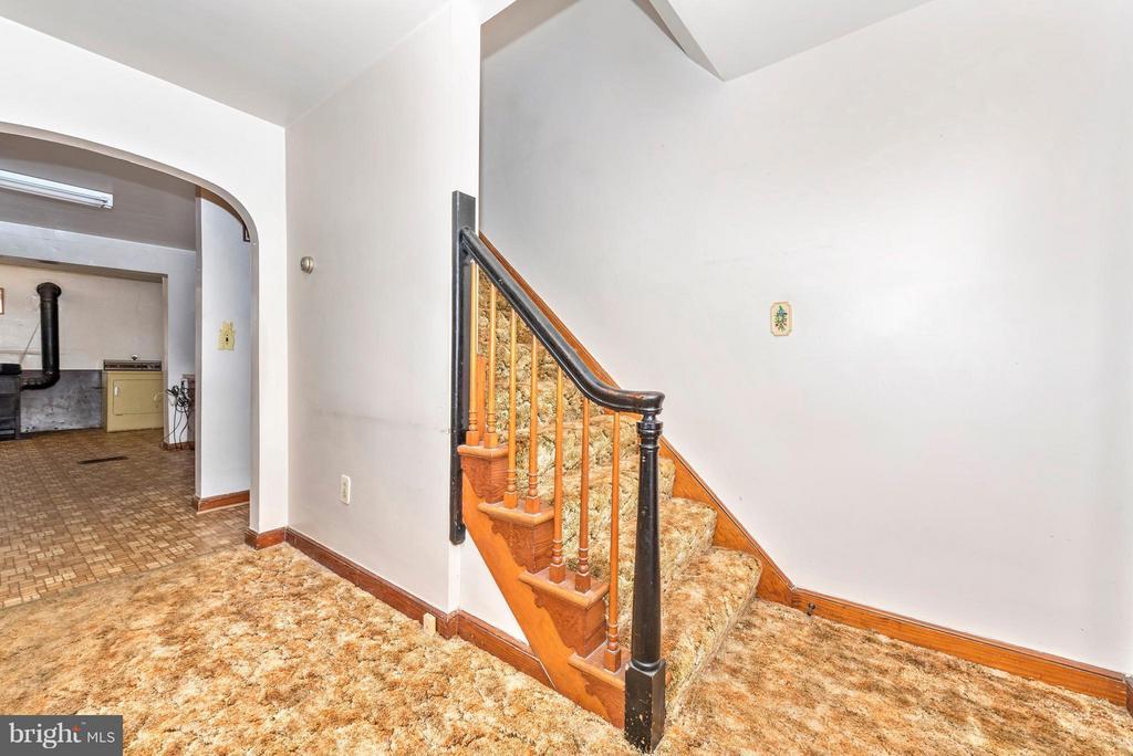 Living Room - 4732 MUSSETTER RD, IJAMSVILLE