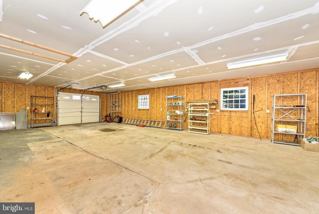 Garage Interior - 4732 MUSSETTER RD, IJAMSVILLE