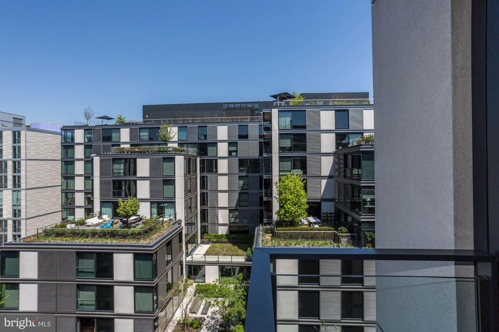 Private balcony views - 925 H ST NW #908, WASHINGTON
