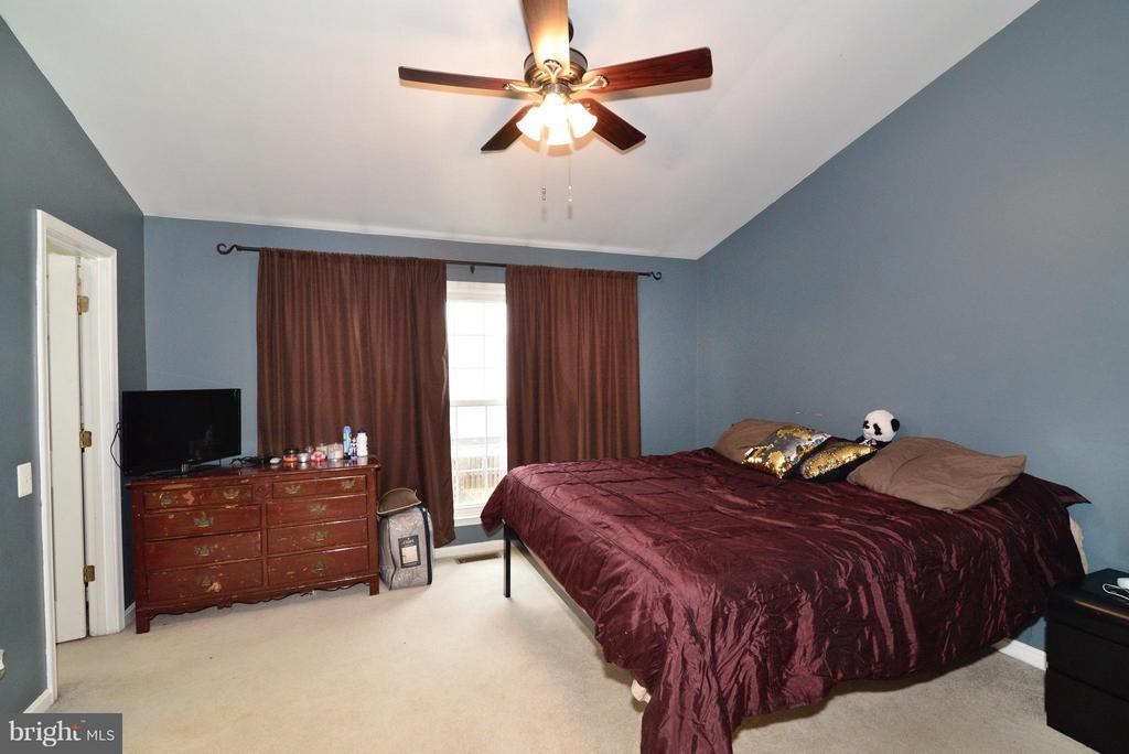 Bedroom (Master) - 350 HEDGESTONE TER NE, LEESBURG