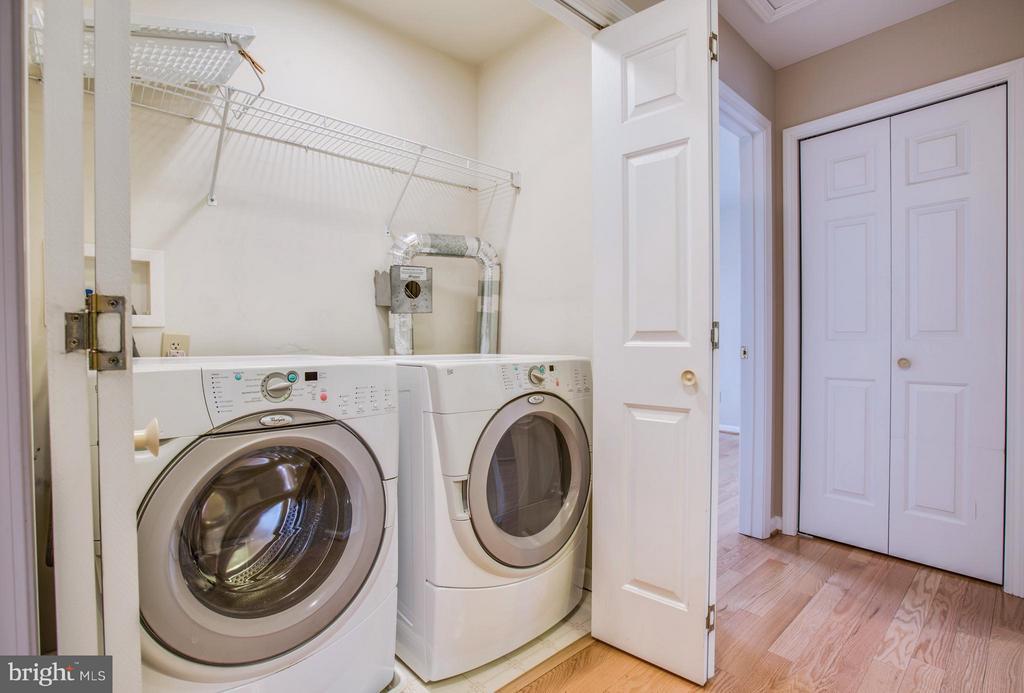 Upper Level Laundry Nook - 9134 LEGHORN PL, FAIRFAX