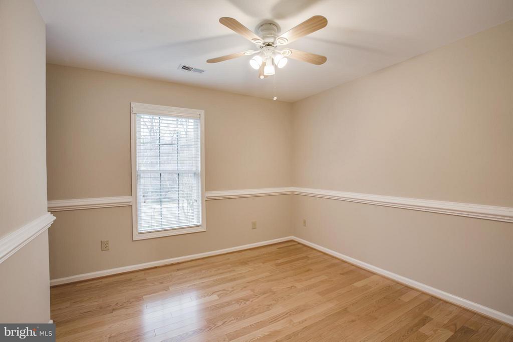 Bedroom 2 - 9134 LEGHORN PL, FAIRFAX