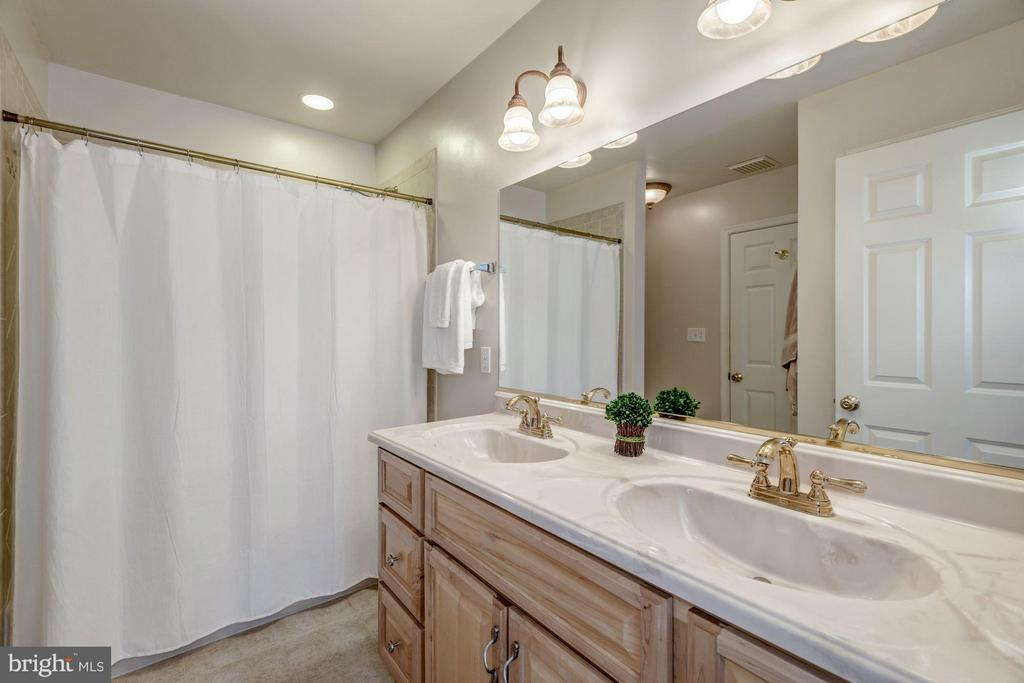 Second Bath with Dual Vanity - 7313 PINE DR, ANNANDALE