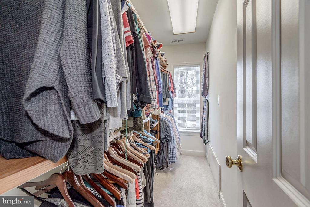 Large Walk-In Master Closet - 7313 PINE DR, ANNANDALE