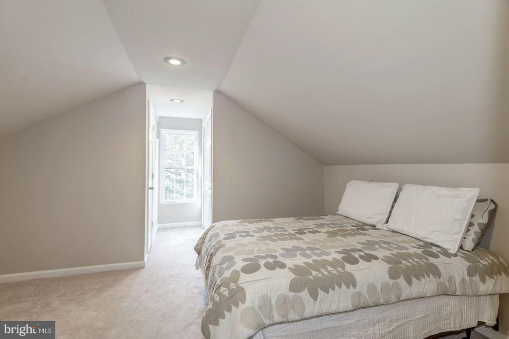 Third Floor Bedroom with Recessed Lighting - 7313 PINE DR, ANNANDALE