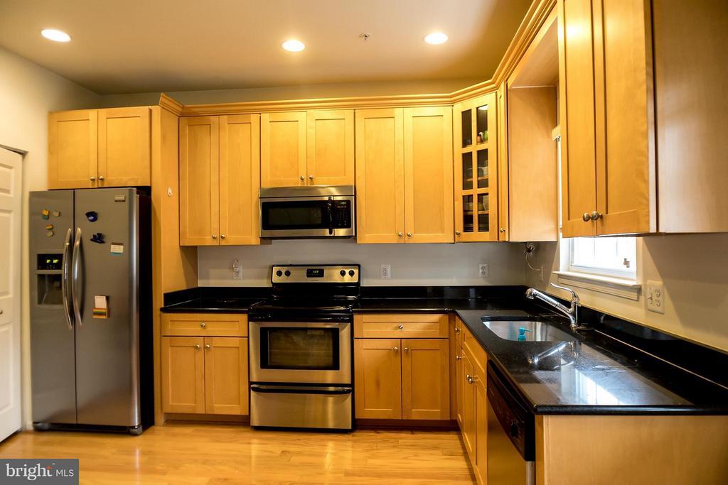 Kitchen - 1407 SHIPPEN LN SE, WASHINGTON