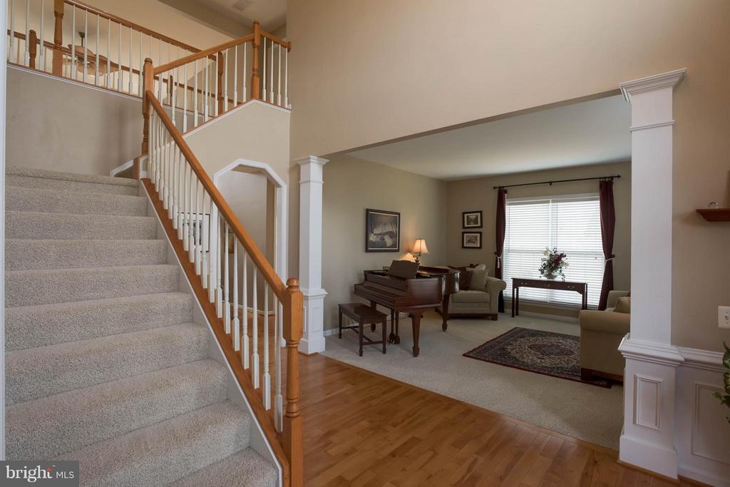 Foyer - 43723 WOODVILLE CT, CHANTILLY