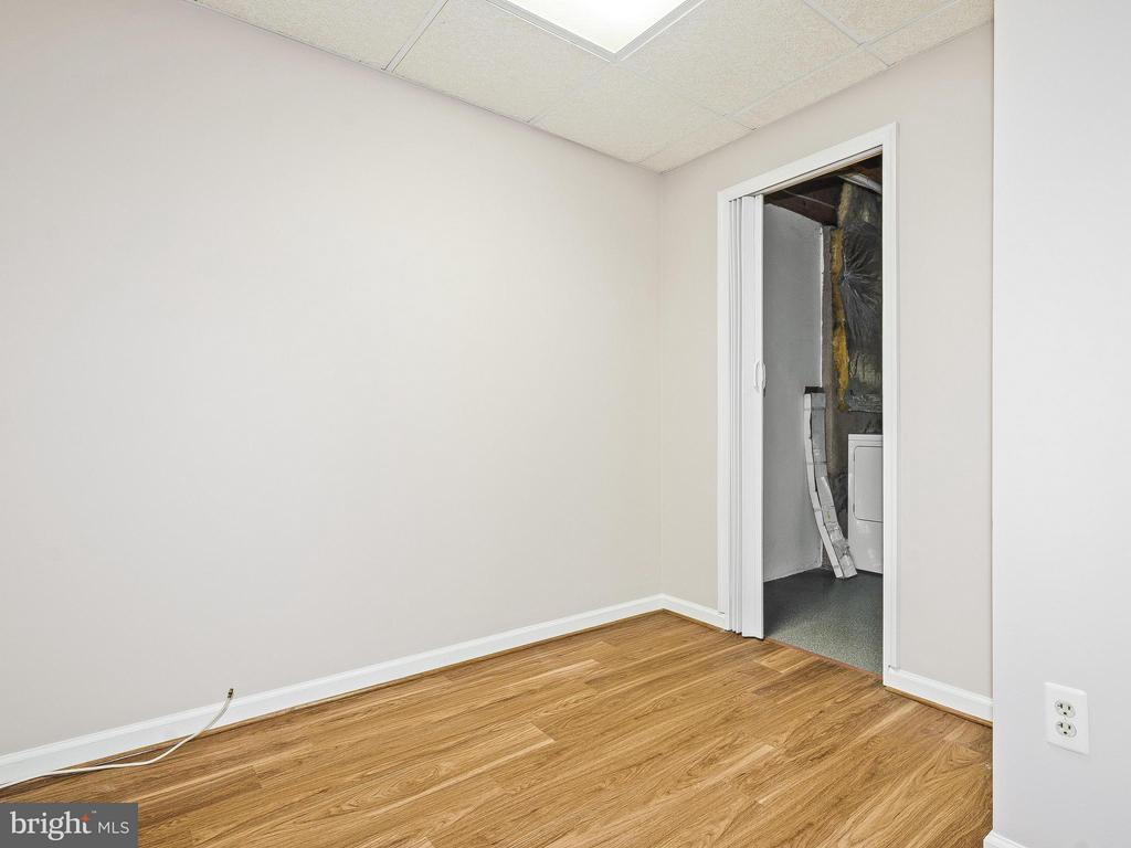 Office with Access to Laundry/Storage Room - 6637 ROCKLEIGH WAY, ALEXANDRIA
