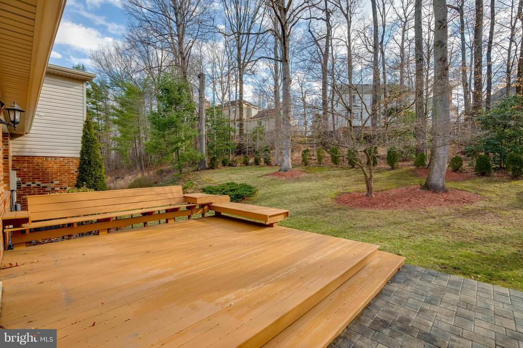 Deck - 7411 CALICO CT, SPRINGFIELD
