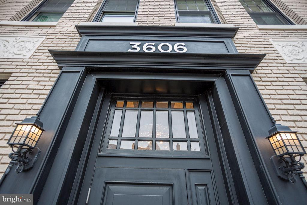 Exterior (General) - 3606 ROCK CREEK CHURCH RD NW #101, WASHINGTON
