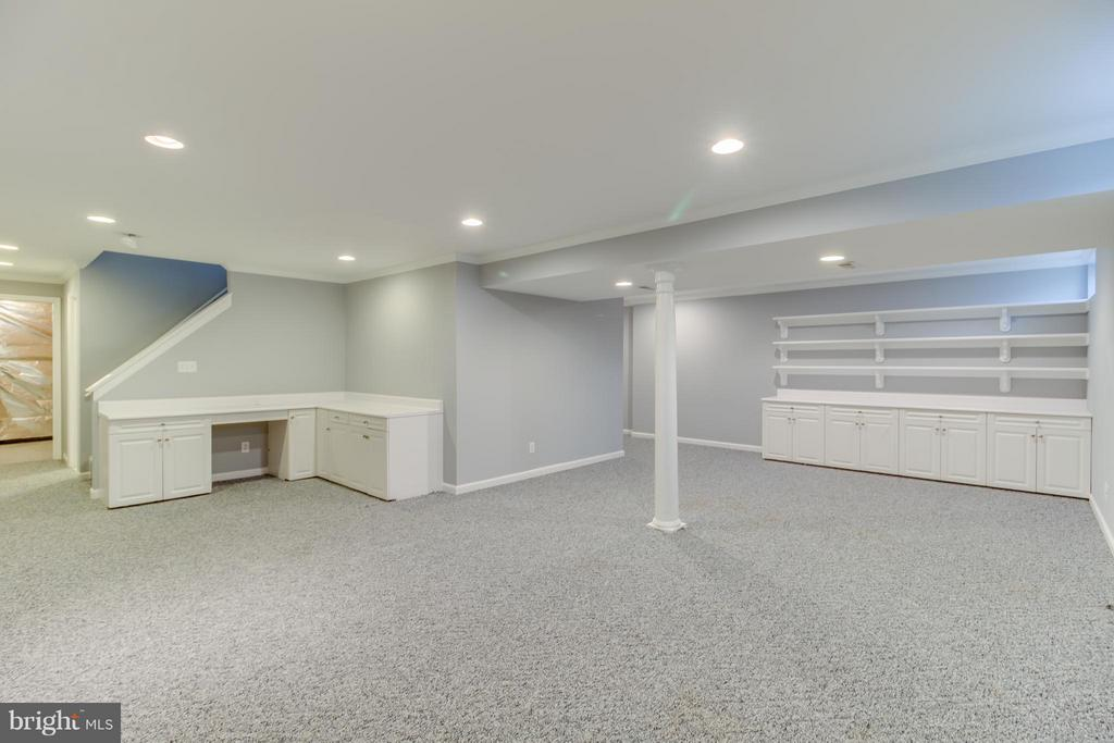 Fully Finished Basement with Built-in's - 15529 WIGEON WAY, WOODBRIDGE
