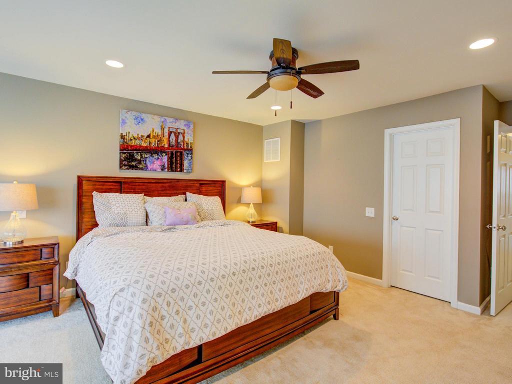 Bedroom (Master) - 23572 BOCA FIELD TER, ASHBURN