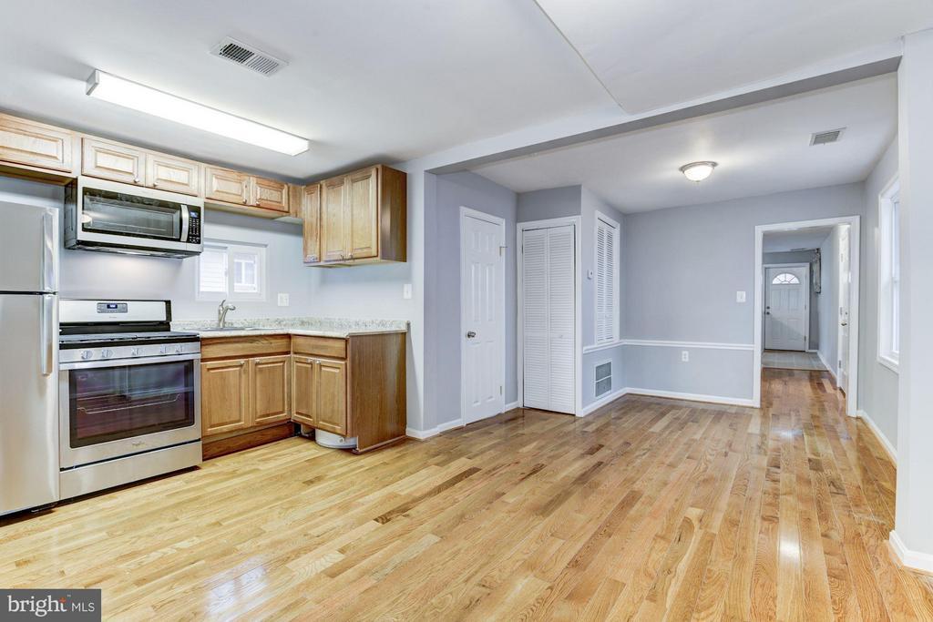Kitchen and Dinning Area - 1112 50TH ST NE, WASHINGTON