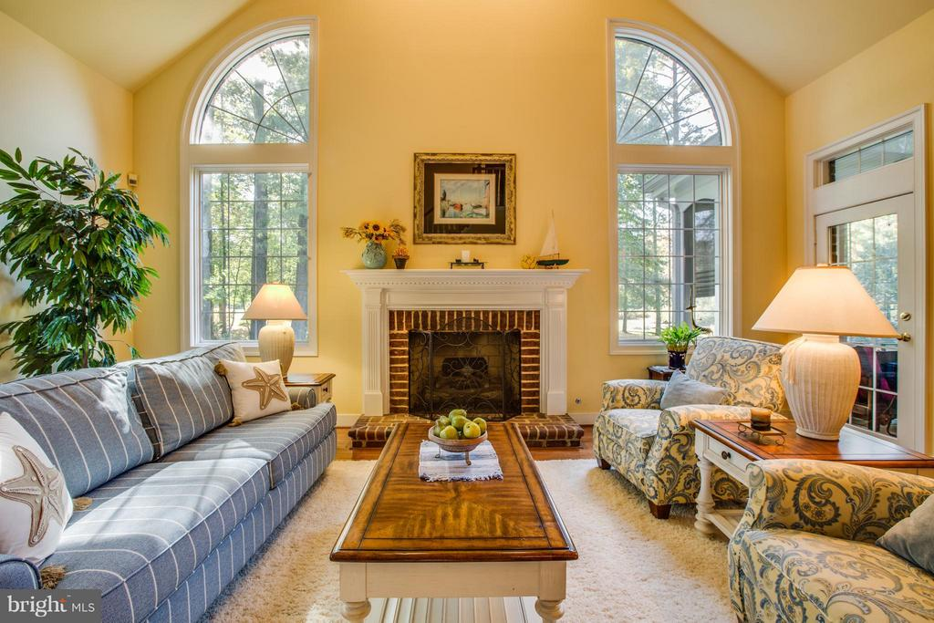 Spectacular windows and gas fireplace. - 12707 WILLOW POINT DR, FREDERICKSBURG