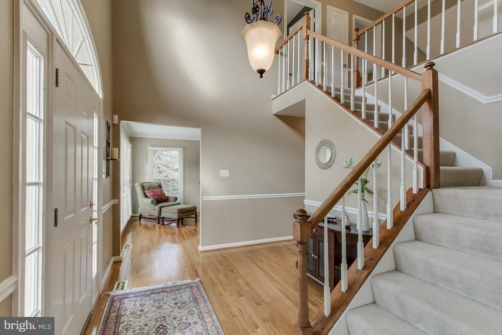 Two Story Foyer with Hardwood Floors - 12106 COURTNEY CT, HERNDON