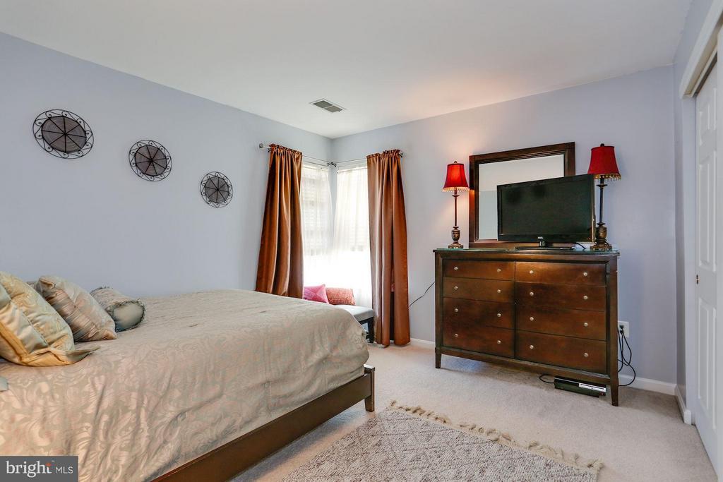 3rd Upper Level Bedroom - 7655 HENRY KNOX DR, LORTON