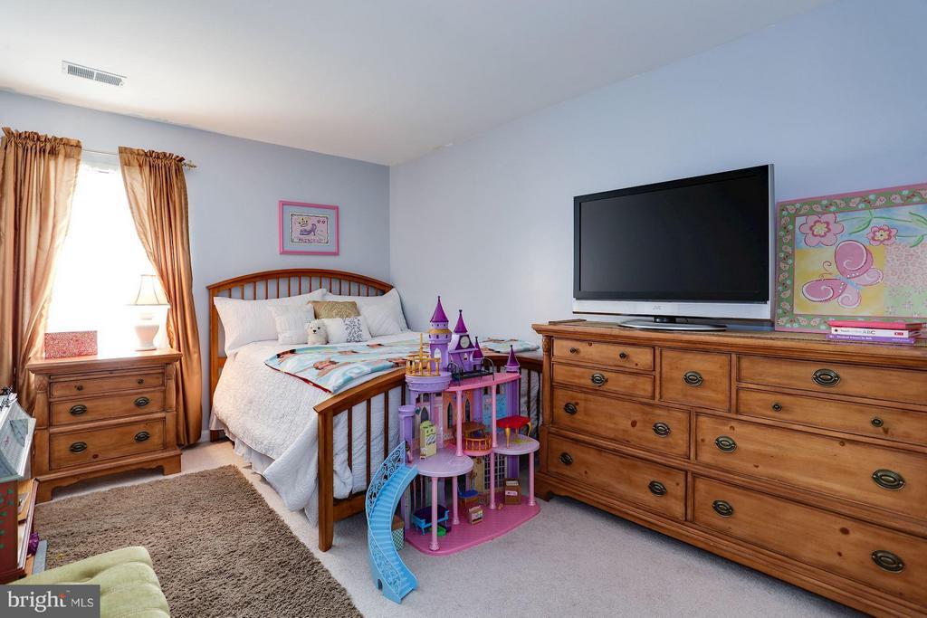 2nd Upper Level Bedroom - 7655 HENRY KNOX DR, LORTON