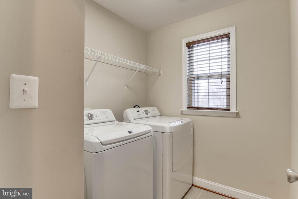 BR Level Laundry Room - 11809 MOLAIR RD, MANASSAS