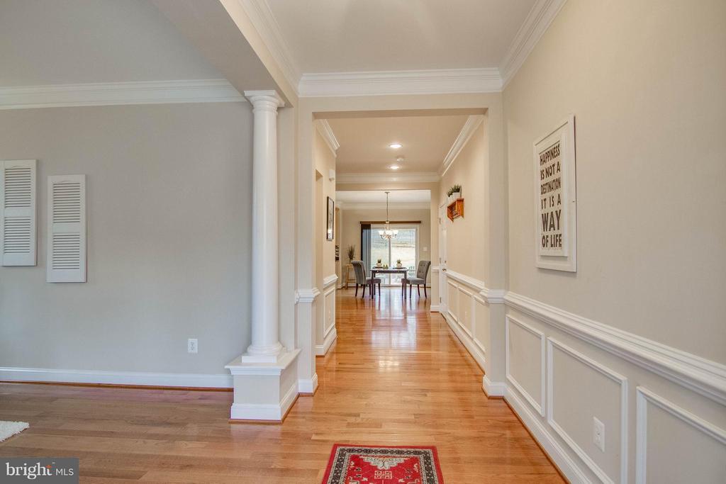 Foyer - 11809 MOLAIR RD, MANASSAS