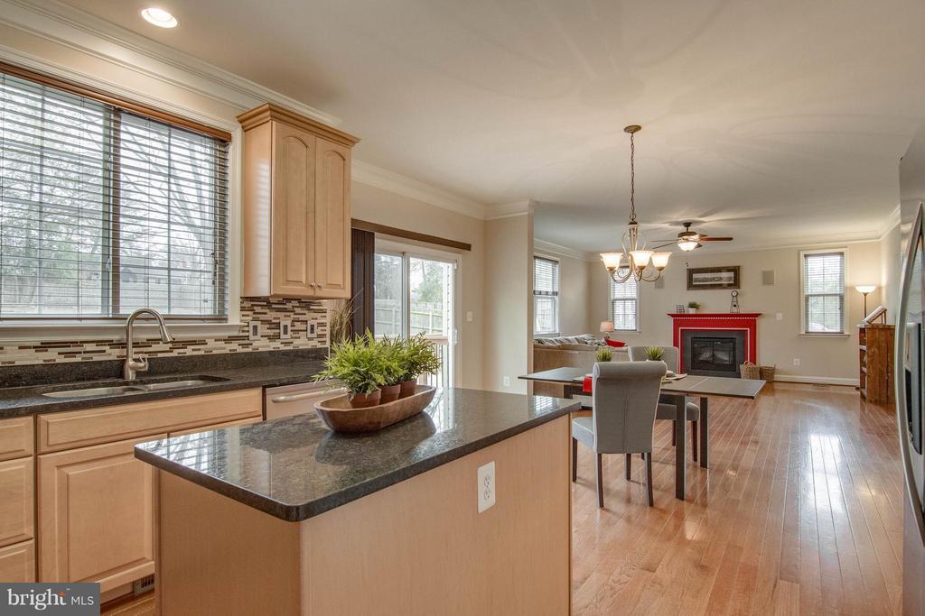Kitchen to Family Room - 11809 MOLAIR RD, MANASSAS