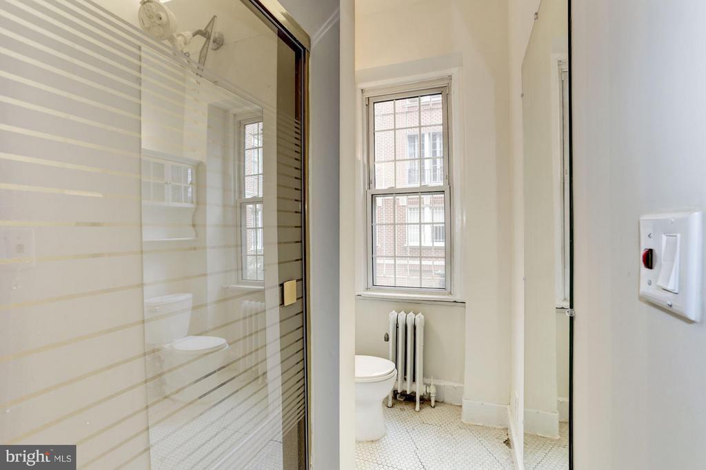 Bath (Master) - 1526 17TH ST NW #116, WASHINGTON