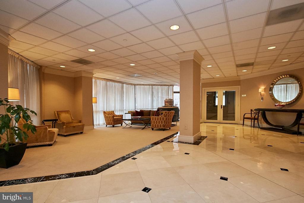 Main Lobby - 901 MONROE ST N #1310, ARLINGTON