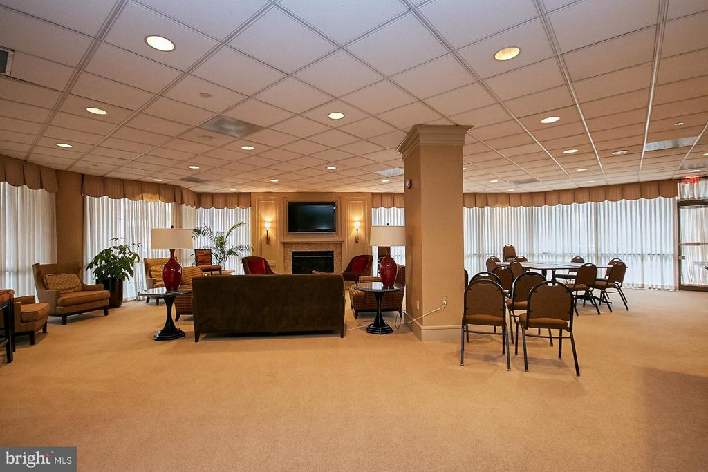 Community Room - 901 MONROE ST N #1310, ARLINGTON
