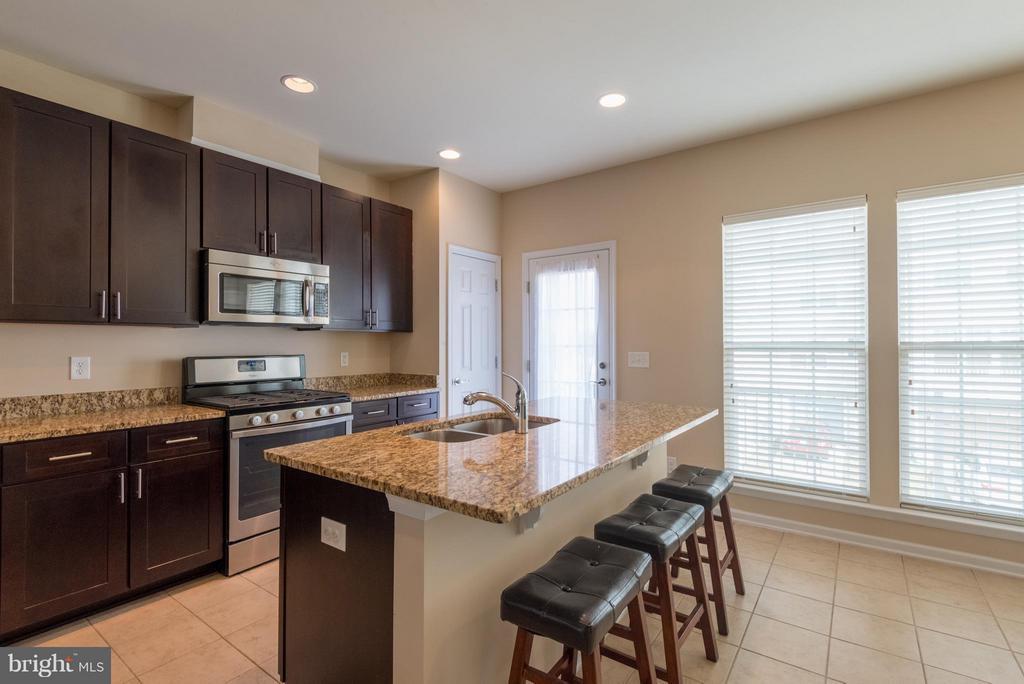Kitchen - 43507 WHEADON TER, CHANTILLY