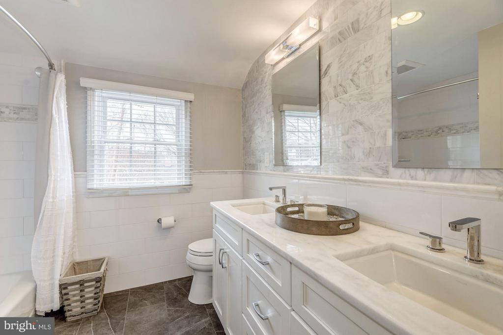 Renovated Bath with Dual Vanity and Linen Closet - 2707 HOLLY ST, ALEXANDRIA