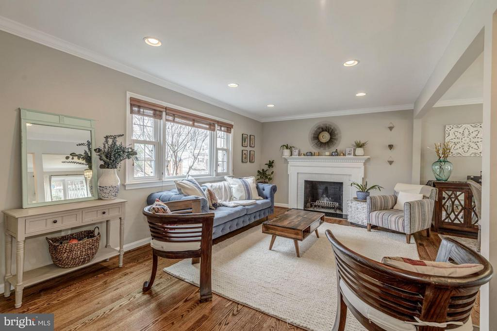 Welcoming Living Room with Wood-Burning Fireplace - 2707 HOLLY ST, ALEXANDRIA