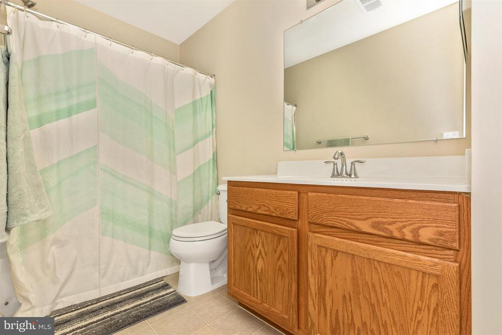 Full Bath-Upper Level 2 - 23210 OBSERVATION DR #2255, CLARKSBURG