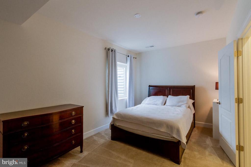4th Bedroom in Basement - 7617 CHESTNUT ST, MANASSAS