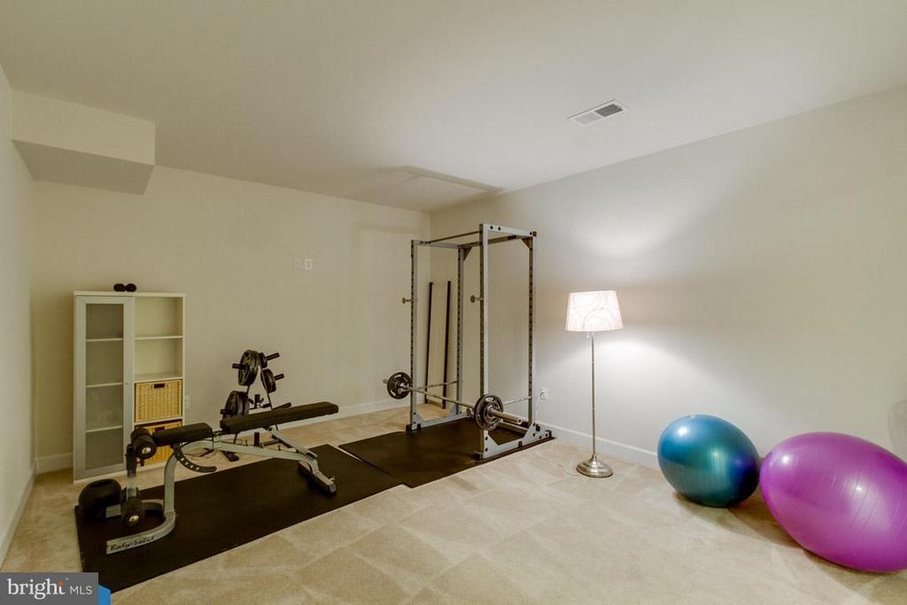 Exercise Room in Basement - 7617 CHESTNUT ST, MANASSAS
