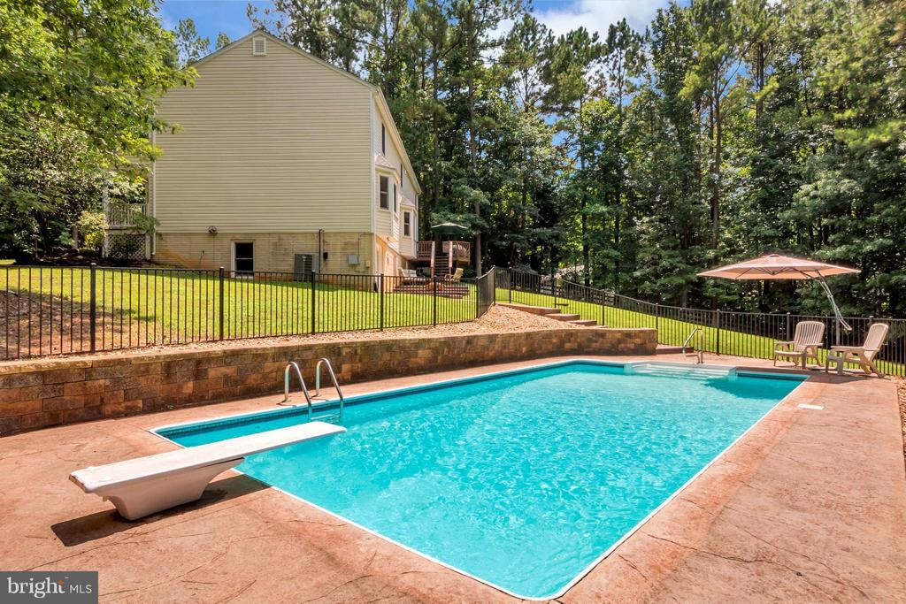 stamped concrete pool deck and diving board - 12640 ISLE OF PINES BLVD, FREDERICKSBURG