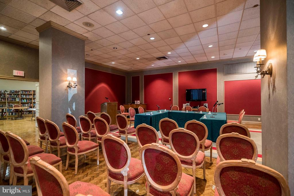 Ball Room / Meeting Room.  Capacity 150 people! - 1300 CRYSTAL DR #1610S, ARLINGTON