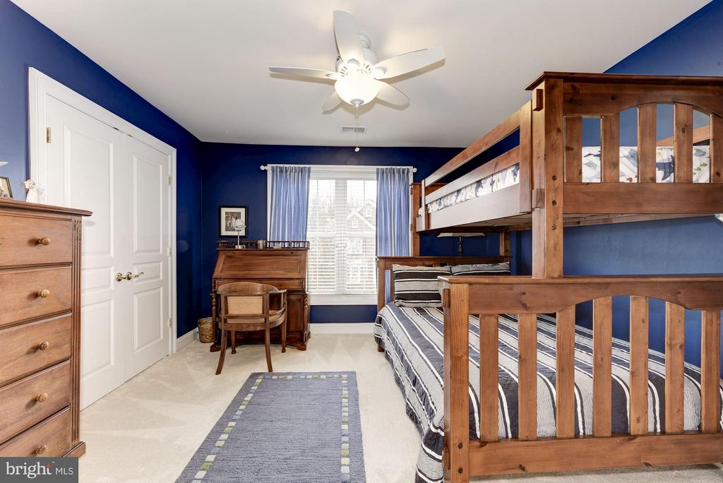 Spacious Bedroom #4 - 8928 RHODODENDRON CIR, LORTON