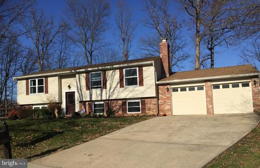 13 CANDLEBERRY CT