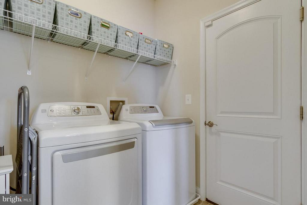 Laundry Room - 1102 TOURNAI CT, WOODBRIDGE