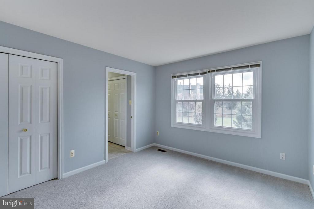 2nd Master Bedroom - 21799 LEATHERLEAF CIR, STERLING