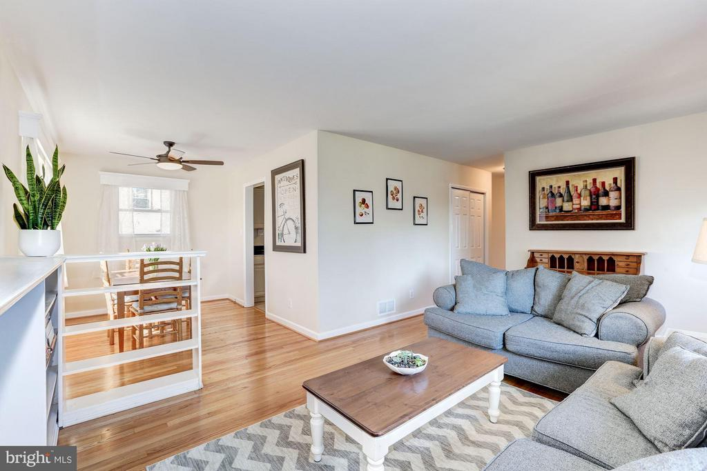 Living Room (3 of 3) - 3707 WOODRIDGE AVE, SILVER SPRING