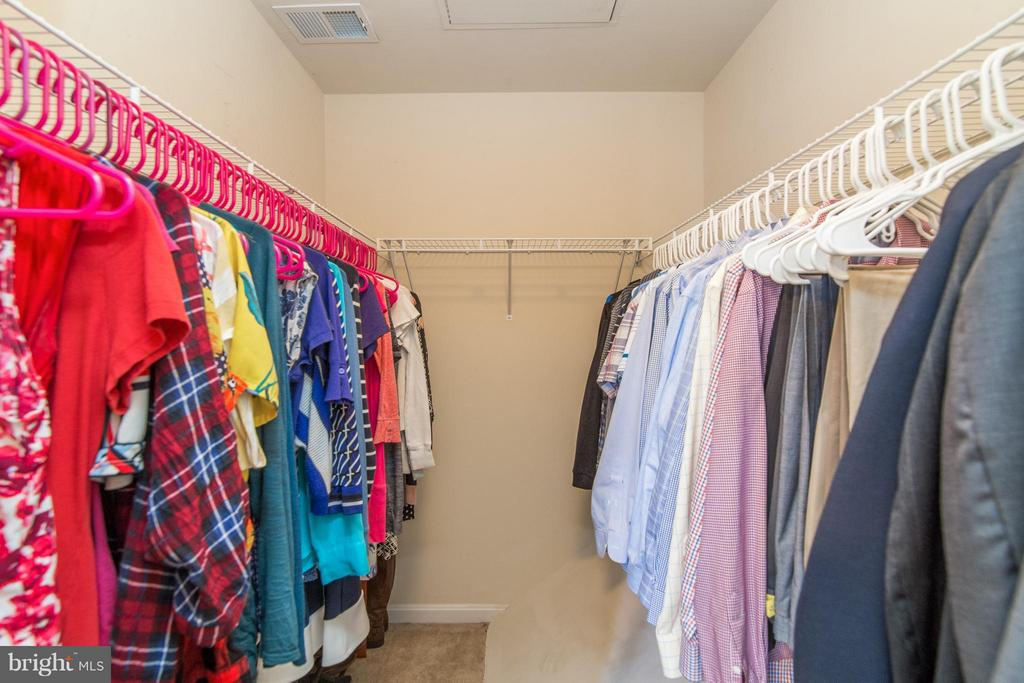 Such an incredible closet this home boasts! - 9886 SOUNDING SHORE LN, BRISTOW