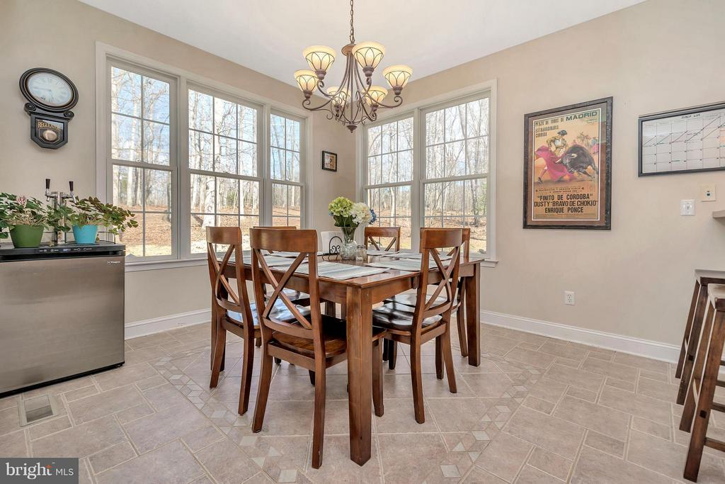 Dining off Kitchen - 103 MONTICELLO CIR, LOCUST GROVE