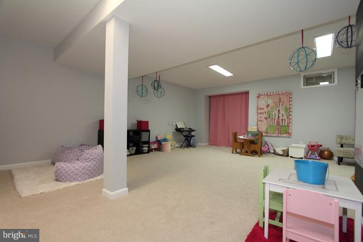 Finished recreation room - 43607 RYDER CUP SQ, ASHBURN