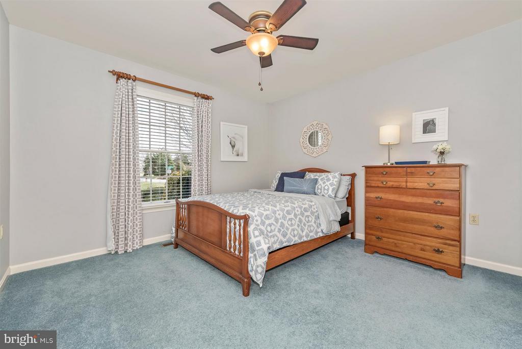 Bedroom 3 - 8210 FOX HUNT LN, FREDERICK