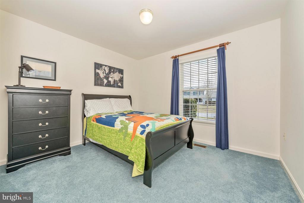 Bedroom 2 - 8210 FOX HUNT LN, FREDERICK
