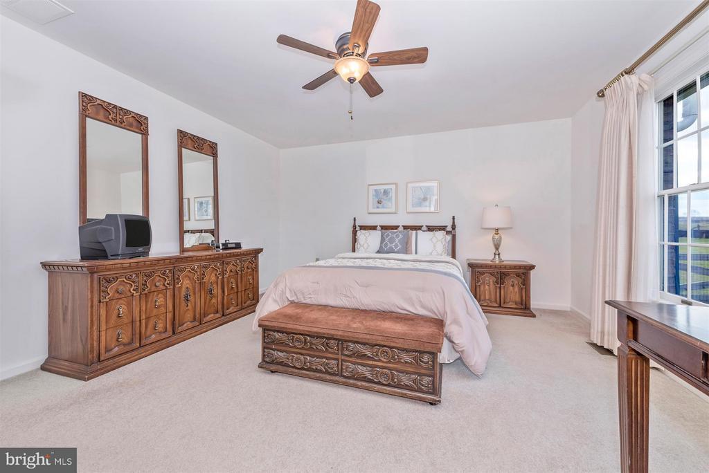 Bedroom (Master) - 8210 FOX HUNT LN, FREDERICK