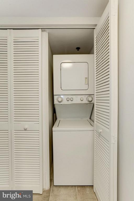 WASHER and DRYER IN CONDO UNIT! - 1001 VERMONT ST N #508, ARLINGTON