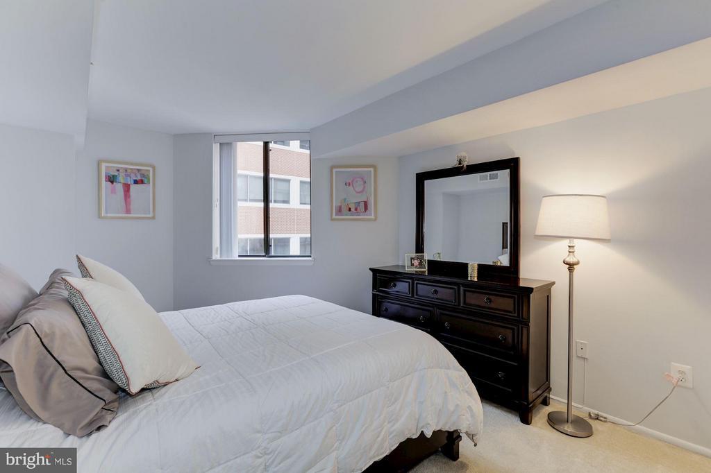 MASTER BEDROOM - 1001 VERMONT ST N #508, ARLINGTON