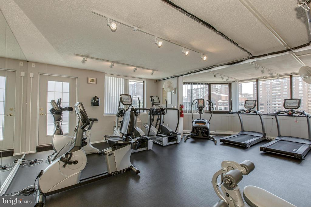 FITNESS CENTER with CARDIO and WEIGHTS! - 1001 VERMONT ST N #508, ARLINGTON