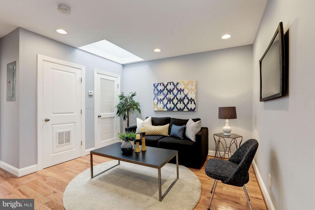 Living Room - 1326 DOWNING PL NE #3, WASHINGTON